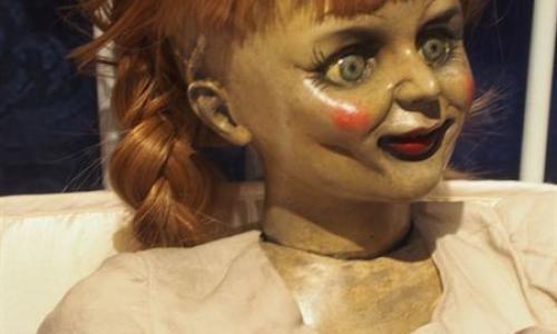 Annabelle : rencontrez la poupée !