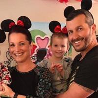 Chris Watts avec sa femme et ses deux filles